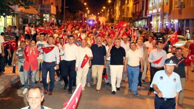 Pınarhisar Cumhuriyet ve Demokrasi İçin Yürüdü