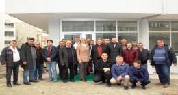 Sermayecik köyü çilek üreticileri Pınarhisar'da