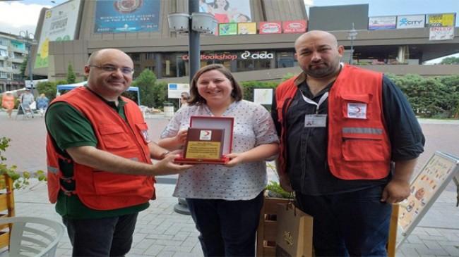 Türk Kızılay'ını Bulgaristan'da temsil ettiler