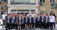 Şampiyonluk sevinçlerini Başkan Özalp ile paylaştılar