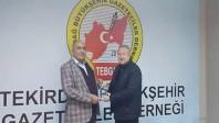 Murat Zortul'a Tekirdağ Gazeteciler Cemiyeti'nden Plaket