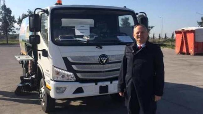 Başkan Türker Yol Süpürge Kamyonunu teslim aldı