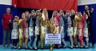 Pınarhisar Halk Oyunları ekibi birinci oldu