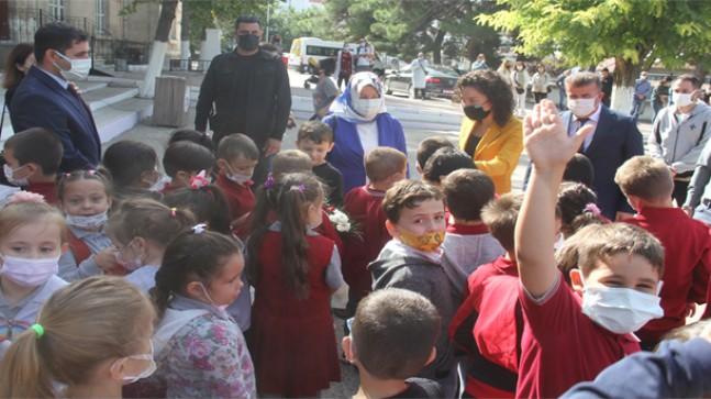"""Pınarhisar'da """"İlköğretim Haftası"""" kutlandı"""
